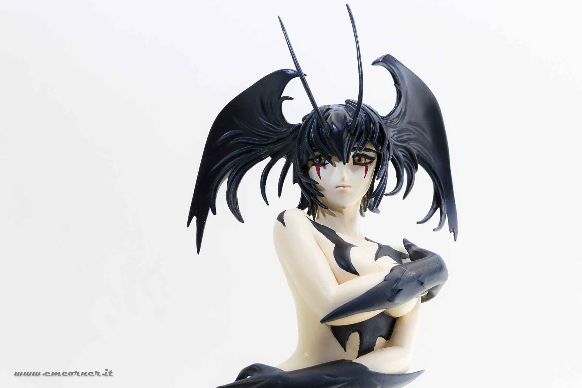 new-line-devilman-devil-lady-pre-painted-coldcast-1_-emcorner-it_