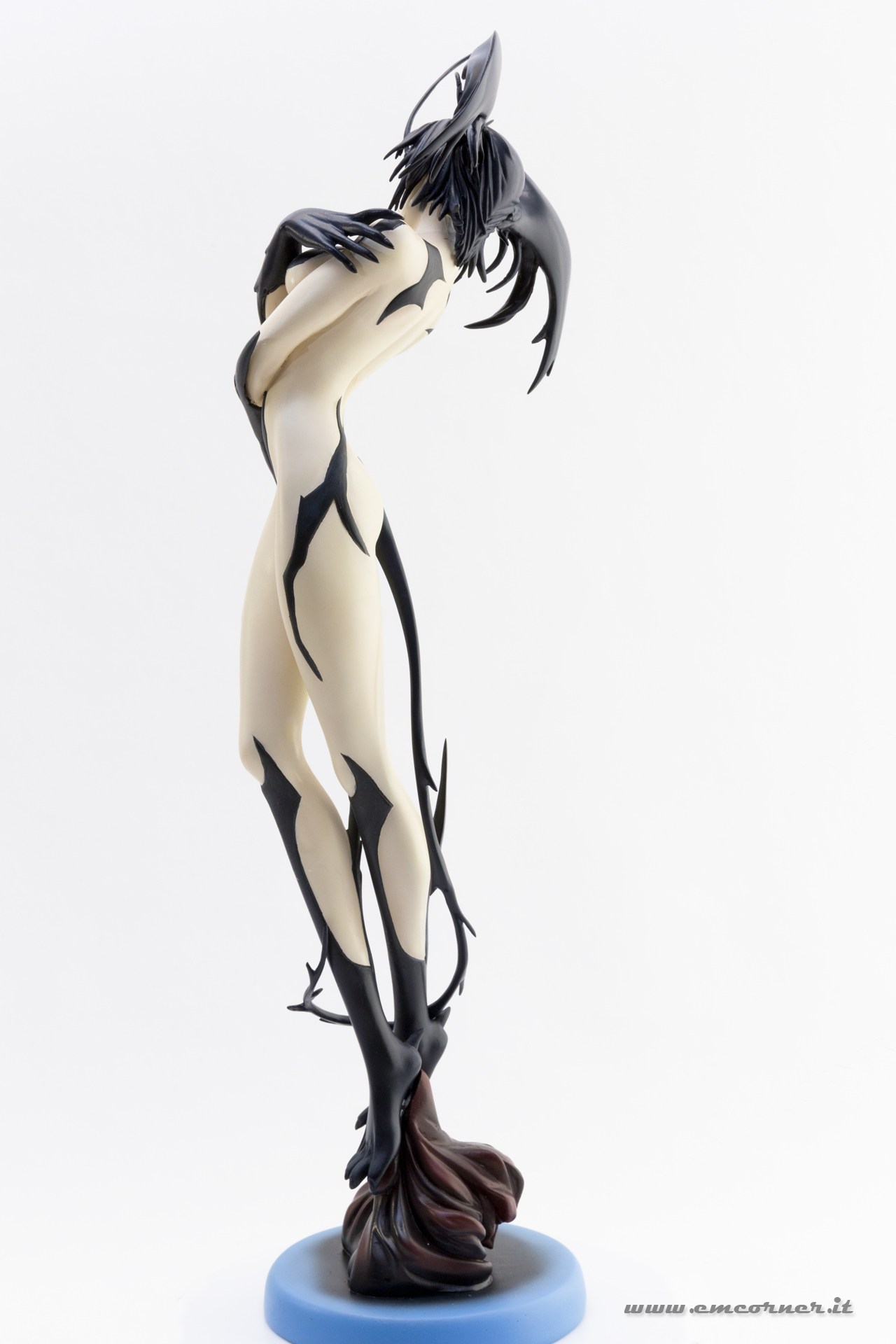 new-line-devilman-devil-lady-pre-painted-coldcast-5_-emcorner-it_