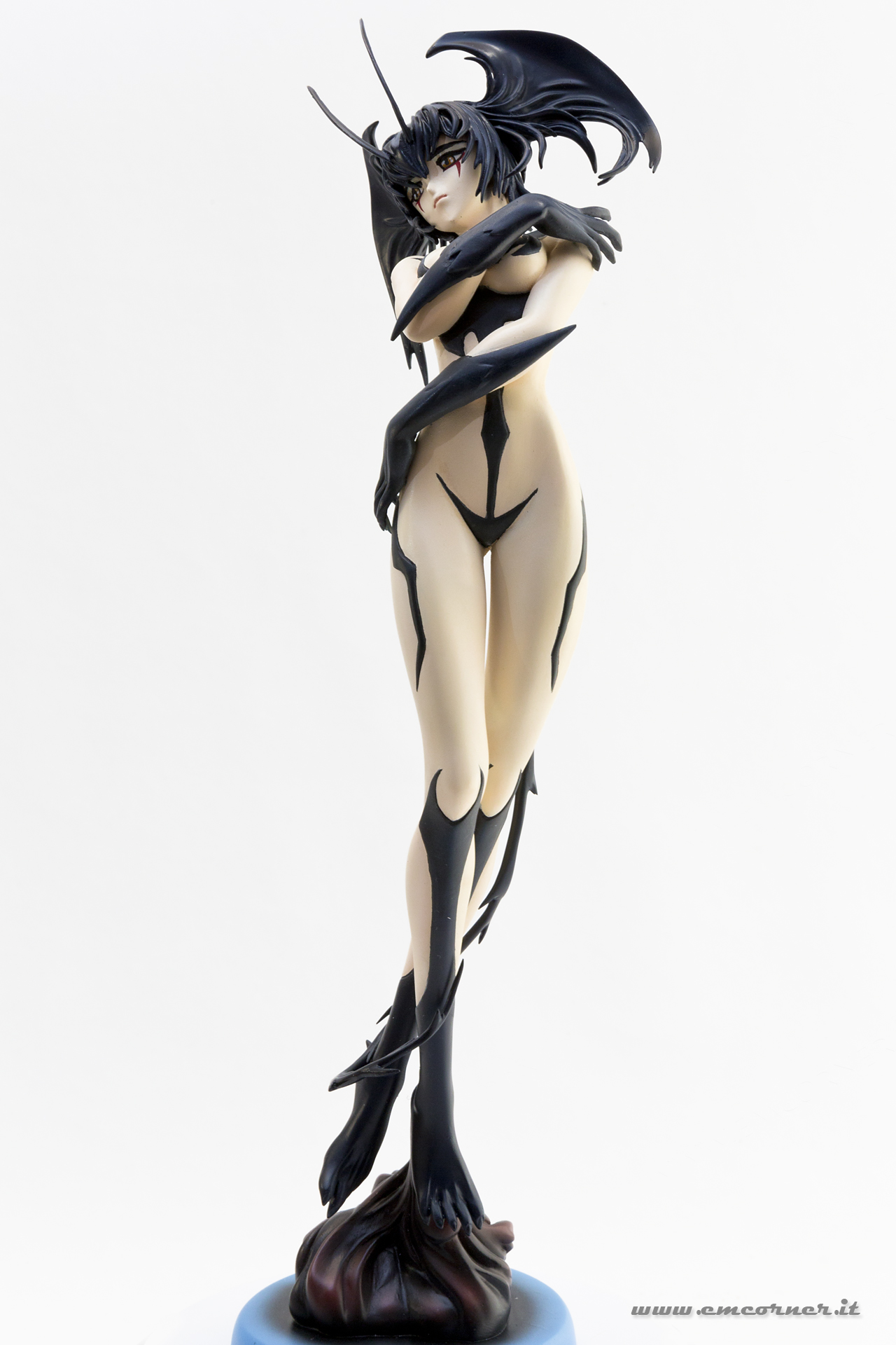 new-line-devilman-devil-lady-pre-painted-coldcast-6_-emcorner-it_