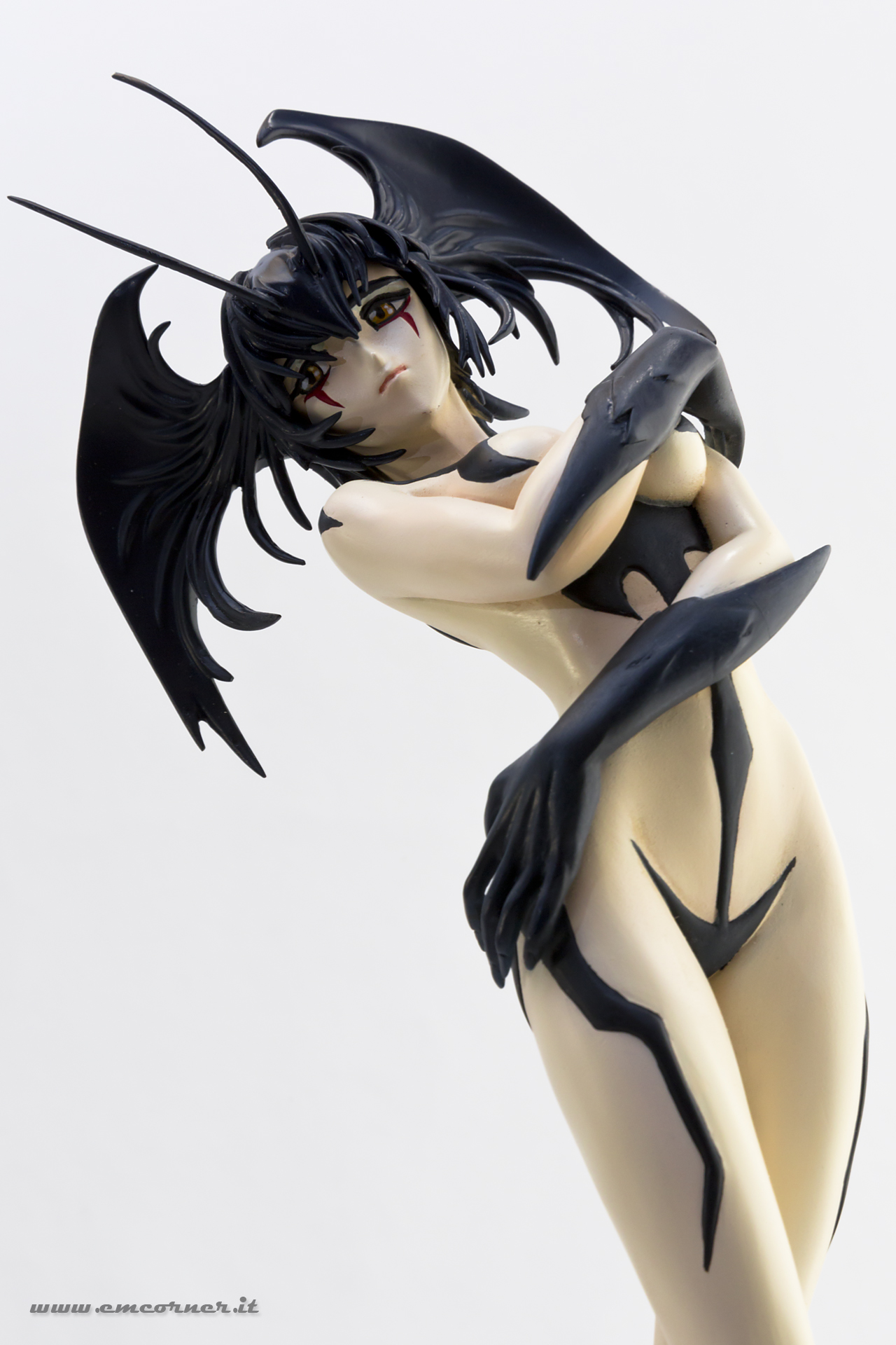 new-line-devilman-devil-lady-pre-painted-coldcast-7_-emcorner-it_
